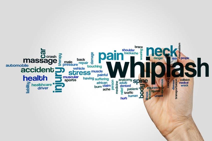 whiplash en nekklachten en hoofdsteun
