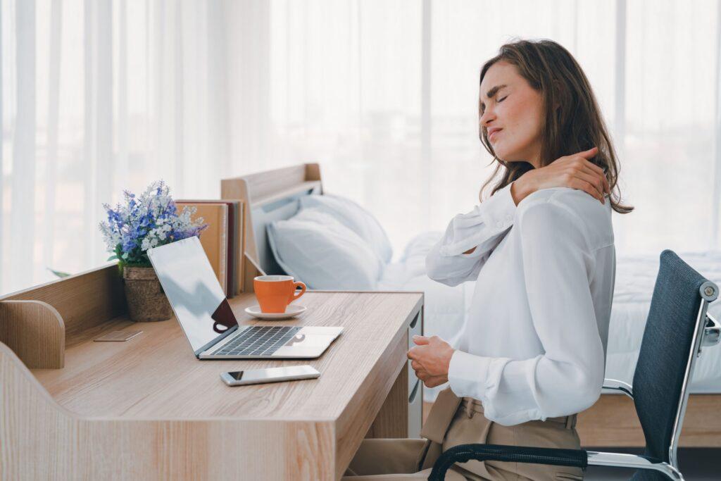Rugklachten ergonomische bureaustoel