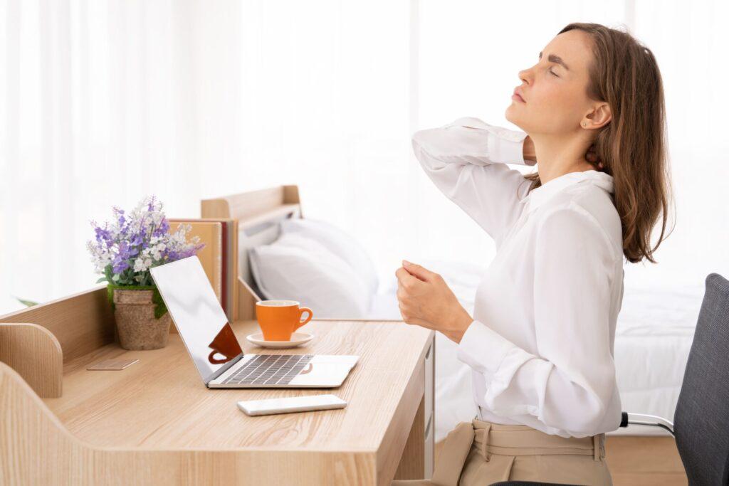 Rugpijn rugklachten ergonomische bureaustoel